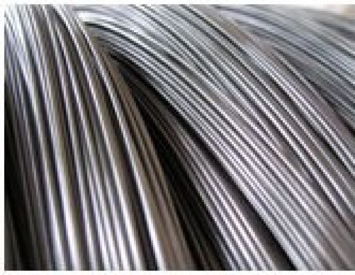 The low-carbon steel electrode wire